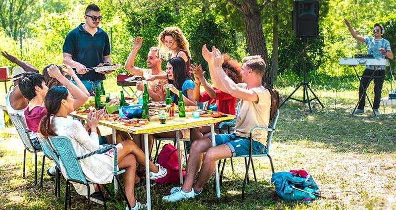 10 идеи за парти на къмпинг + ценни съвети и предложения